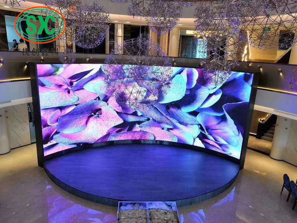 RGB P3.9 Large Stage LED Screens RGB 3 In 1 Pixel Configuration Indoor SMD Display