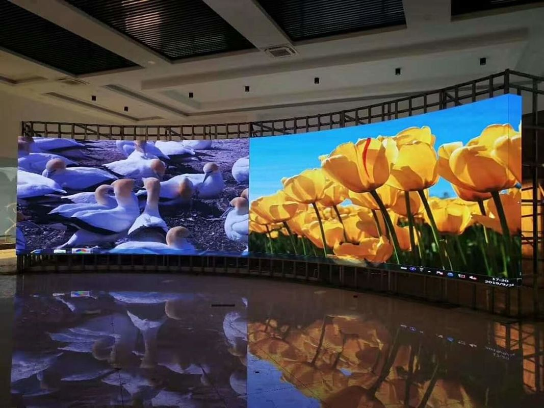 SMD RGB Indoor Full Color LED Display P3.91 Pixel Pitch IP30 For Advertising